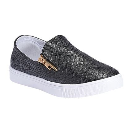 buy Truffle Collection Women Black Casual Shoes at Rs. 720 sold by Myntra